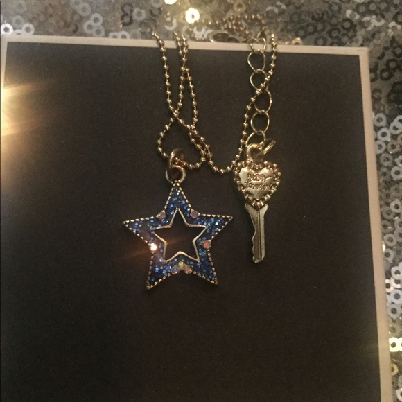 Betsey Johnson Twinkle Star Necklace 💫